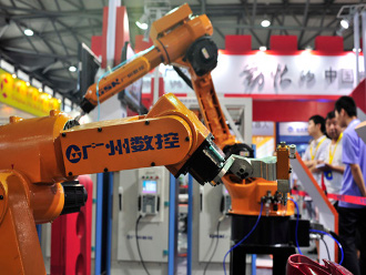 Industrial robots by GSK CNC Equipment