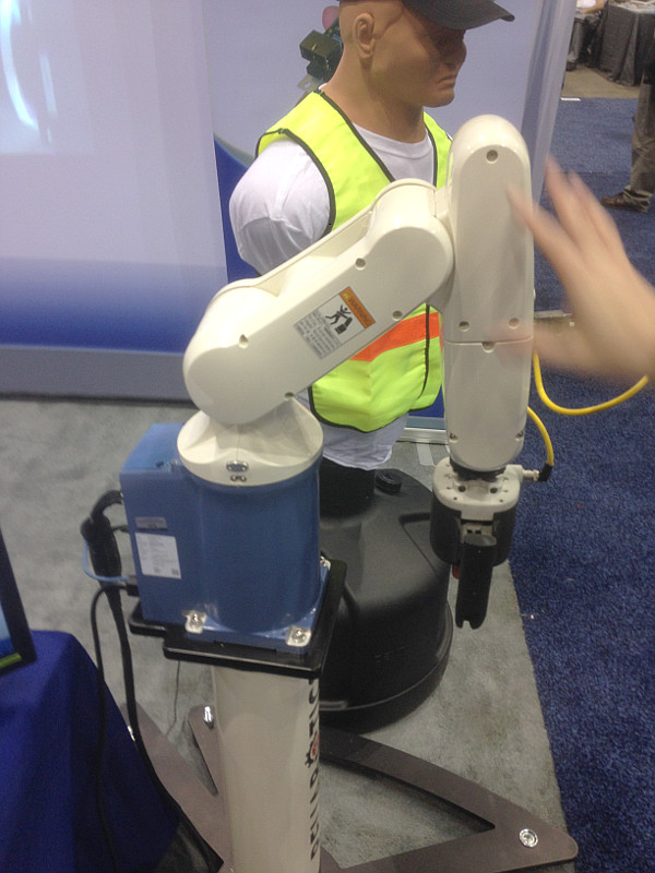 Precise Automation's PAVP6 collaborative robot
